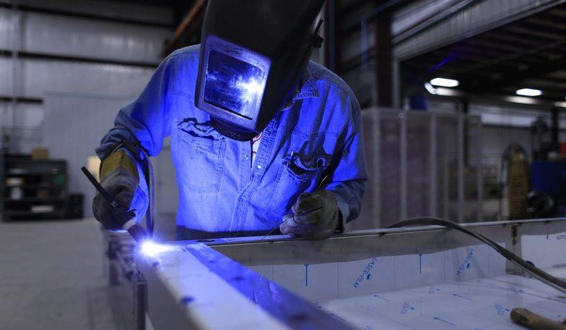 De consument heeft meer kosten door staaloorlog