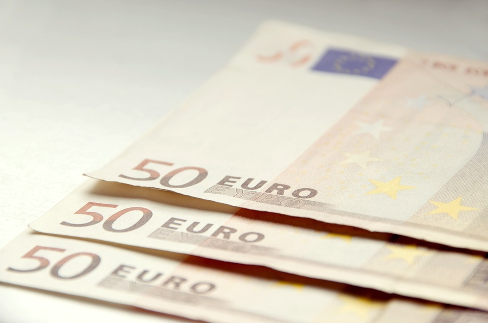 Afnemend gebruik contant geld: DNB maakt zich zorgen