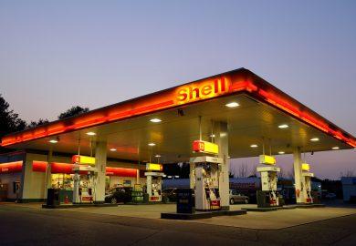 Gebrek aan brandstof bij pompstations kan nog weken aanhouden