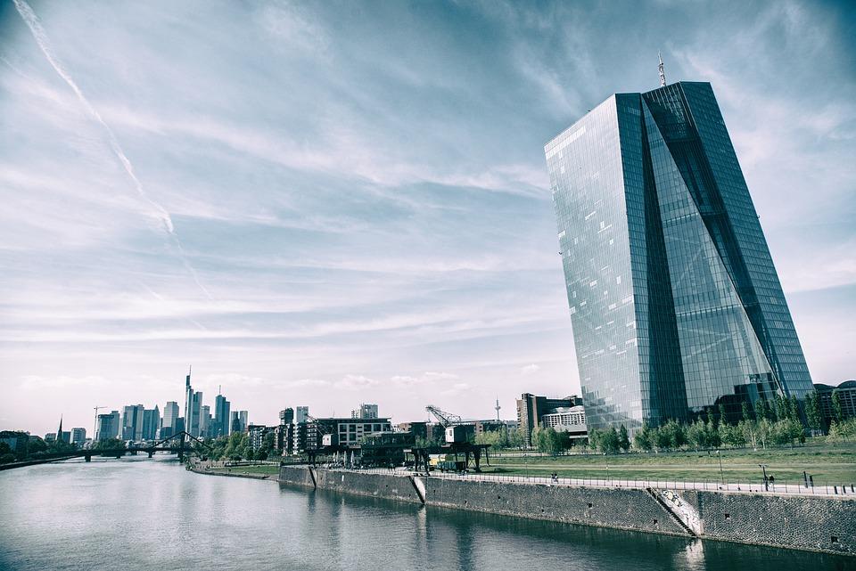 Europese Centrale Bank stopt volledig  met opkoopbeleid