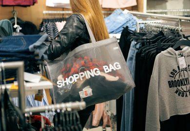 De consument is in winkels duurder uit