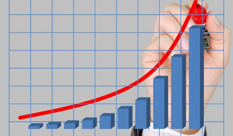 Philips verhoogt doelen na winst- en omzetstijging